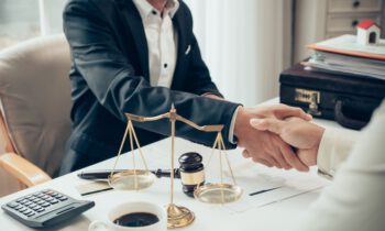 How to Confirm if You Have Hired the Services of a Reliable Injury Attorney